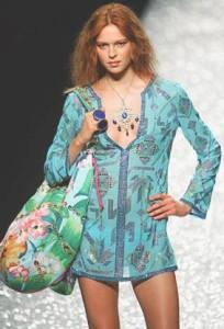 Modella Collezione primavera-estate catwalk
